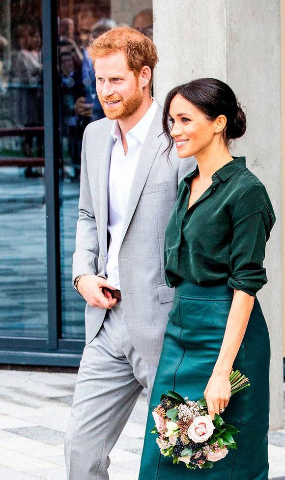 Vợ chồng Công tước xứ Sussex chính thức thăm hạt Sussex lần đầu tiên sau gần 5 tháng kết hôn, hôm 4/10. Ảnh: WireImage.