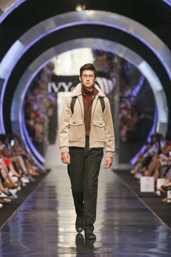Âm hưởng châu Âu được làm mới trong thiết kế IVY moda Fall Winter 2018 - 10