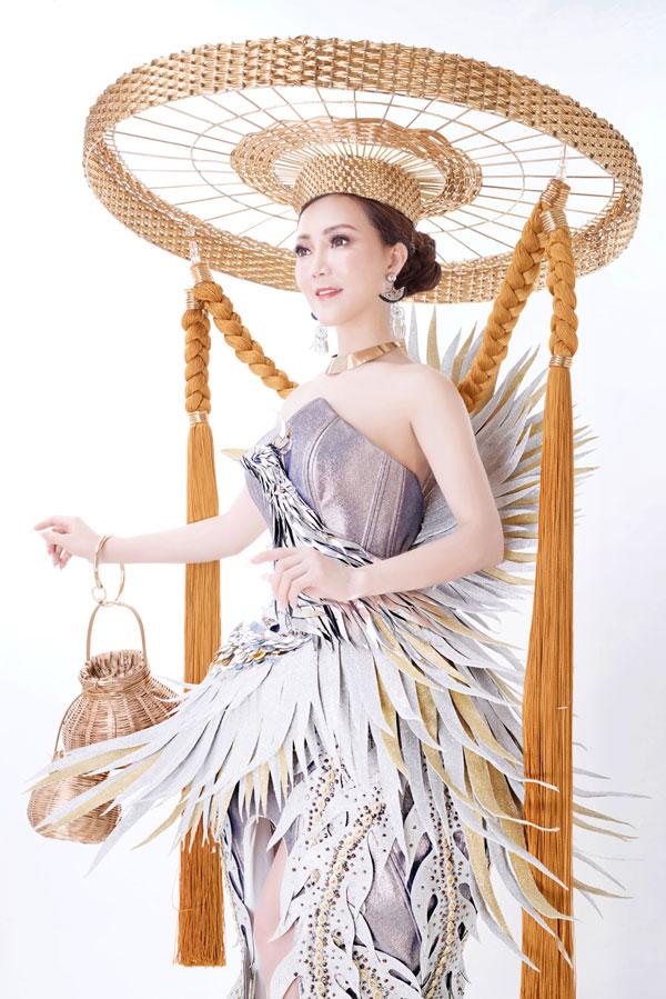 Đỗ Thị Thảo khoe trang phục dân tộc dự thi Miss Lumiere International Word 2018 - 2