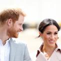 Meghan mang thai con đầu lòng với Hoàng tử Harry