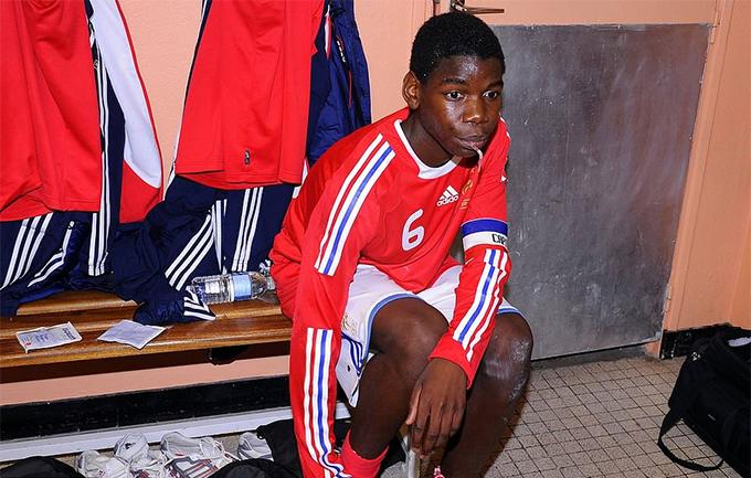 Pogba khi khoác áo U16 Pháp.
