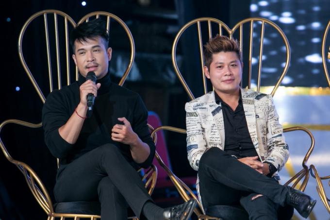 Ở bảng nam, diễn viên Trương Thế Vinh (trái) cho biết anh quyết liệt đưa ra chính kiến của mình. Theo bật mí của nhạc sĩ Nguyễn Văn Chung (phải), anh và Trương Thế Vinh thường xuyên tranh luận,nhưngvẫn tôn trọng ý kiến của đối phương và giữquan hệ tốt sau chương trình.