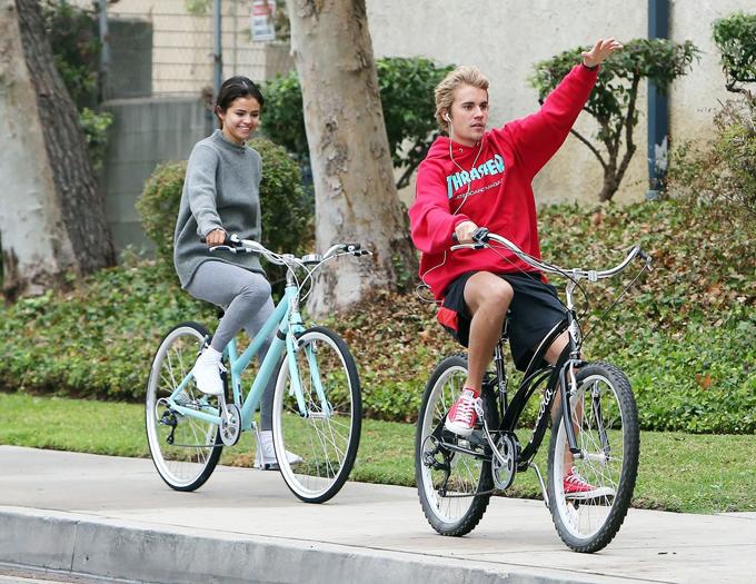 Selena và Justin đã trải qua 10 năm bên nhau dù nhiều lần tan hợp - hợp tan.