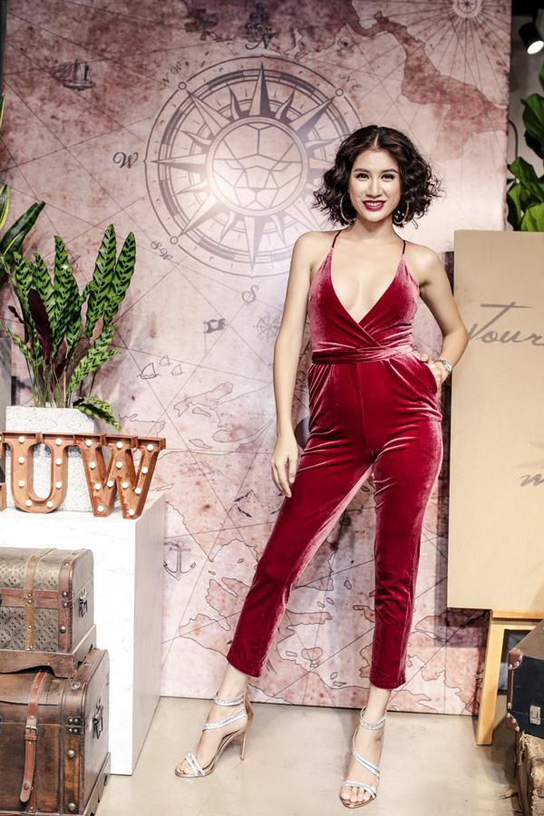 Trang Trần xuất hiện tại một buổi ra mắt bộ sưu tập thời trang ở TP HCM hồi tháng 5.