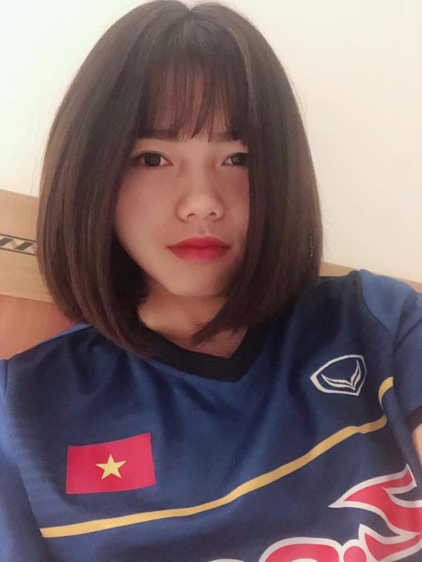 Phạm Hoàng Quỳnh được đánh giá là một trong những cầu thủ xinh gái nhất của bóng đá nữ Việt Nam. Ảnh: FB.
