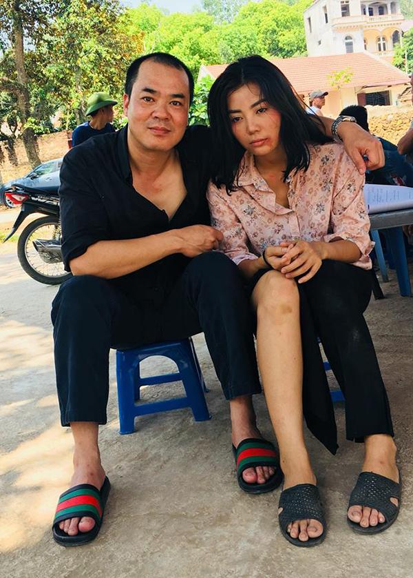 Xuân Hảo và Thanh Hương tại hậu trường cảnh hiếp dâm tập thể trong tập 18.