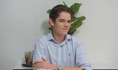 Cậu học trò 16 tuổi kiếm 2.900 USD mỗi ngày