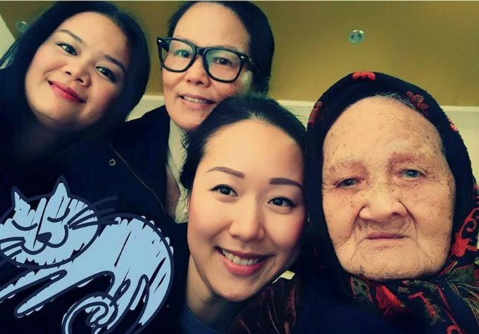Ngô Phương Lan cho biết,bà là một trong hai người phụ nữ có ảnh hưởng lớn nhất trong cuộc đời của cô.