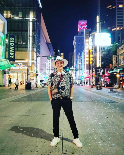 Ca sĩ Thanh Duy đang vi vu du lịch ở Canada.