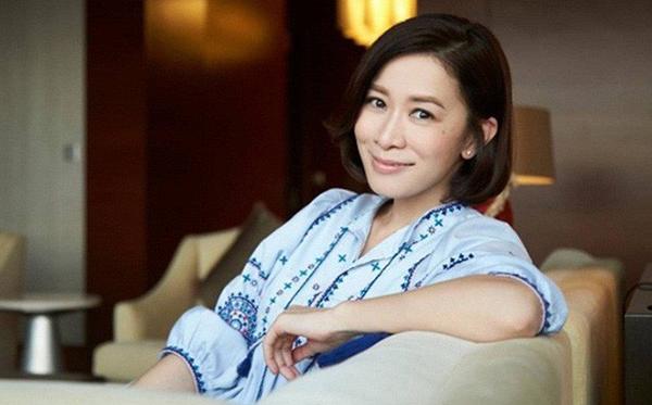 Ở tuổi 43, đại tỷ Xa Thi Mạn vẫn được coi là tượng đài trong lòng người hâm mộ phim TVB.
