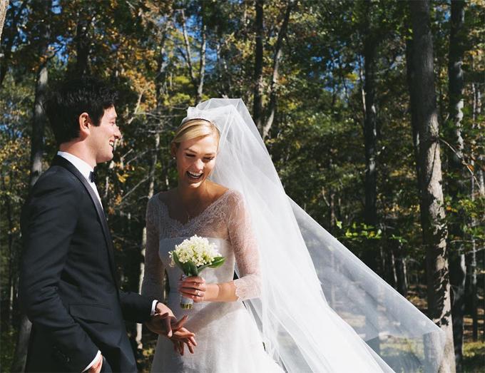 Karlie Kloss kết hôn với em trai của con rể Tổng thống Trump