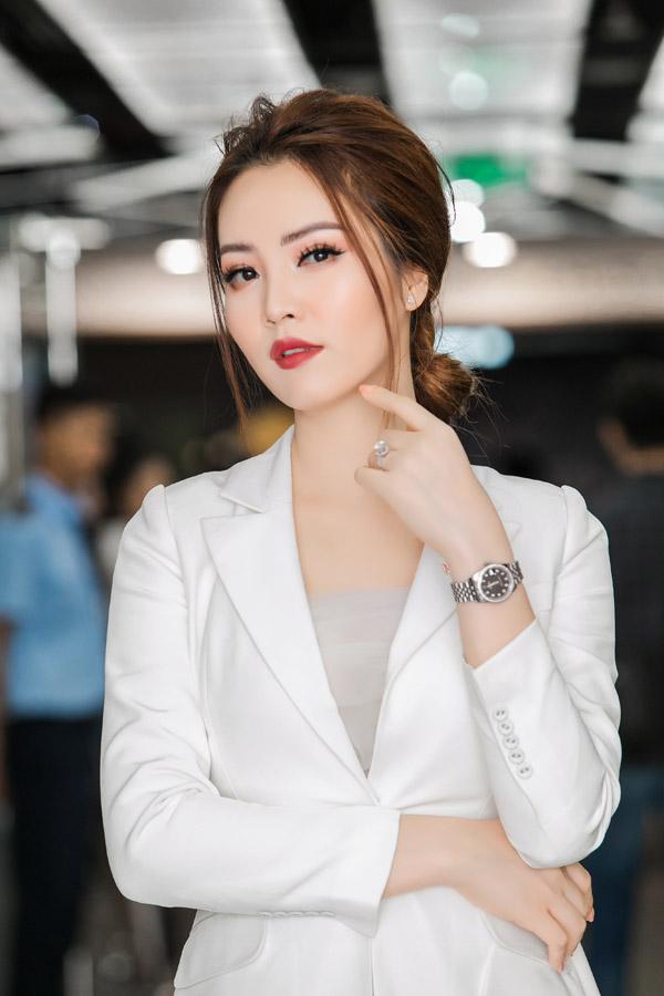 Cô là một trong những người đẹp Hoa hậu Việt Nam có sự nghiệp MC thành công và cuộc sống hôn nhân viên mãn. Ảnh: Hải Bá.