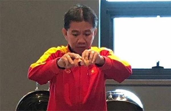 HLV Hoàng Anh Tuấn vốn nổi tiếng nấu ăn ngon.