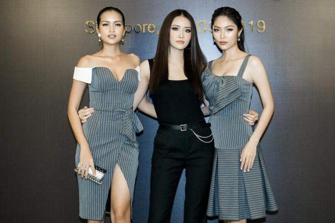 Top 3 Hoa hậu Siệu quốc gia Việt Nam 2018: Hoa hậu Ngọc Châu, Á hậu 1 Trương Mỹ Nhân, Á hậu 2 Bella Hoàng Vũ.