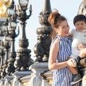Vợ Đan Trường dạy con bằng cách đưa bé du lịch khắp thế giới