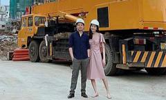 Ảnh hot 22/10: Đặng Thu Thảo bận rộn ở công trường xây dựng cùng chồng
