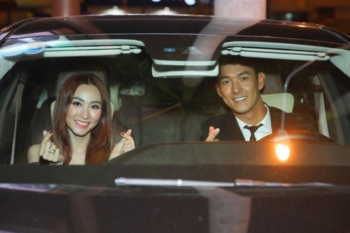 Tối 21/10, Minh Luân (phải) và Ngân Khánh tham gia buổi giao lưu bộ phim Quý cô thừa kê cùng khán giả.