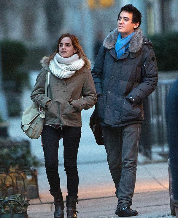 Chàng sinh viên Will Adamowicz (2011 - 2013): Nữ diễn viên sinh năm 1990 từng có mối tình đẹp kiểu học trò với chàng sinh viên đại học Brown - con trai một triệu phú người Mỹ. Thời điểm đó, Emma đang học một khóa nghiên cứu tiếng Anh tại Đại học Oxford và đã gặp Will tại đây. Sau hai năm gắn bó, đôi trẻ chia tay với nguyên nhân được cho là vì Emma muốn chú tâm vào công việc học hành và cô cũng quá bận rộn với việc đóng phim.