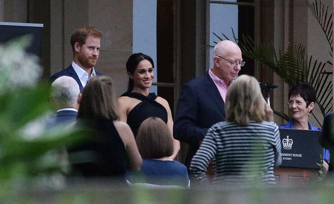 Công tước và Nữ công tước xứ Sussex dự tiệc tối 21/10 bên ngoài Tòa nhà Chính phủ ở Sydney. Ảnh: MatrixPictures.
