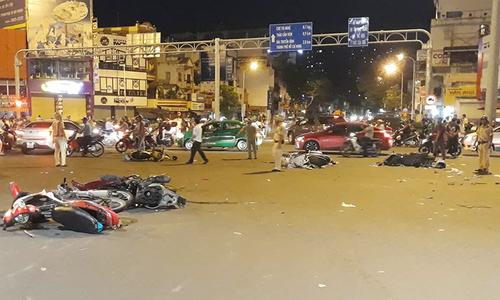 Nữ tài xế nghi say xỉn gây tai nạn liên hoàn ở Sài Gòn