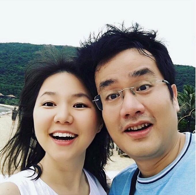 Ngô Quỳnh Anh viên mãn trong đời tư. Cả hai vợ chồng có có sở thích du lịch và thường đăng tải nhiều hình ảnh trên trang cá nhân lẫn fanpage.