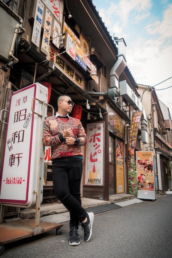 Nhà thiết kế Đức Vincie khám phá ngôi đền cổ nhất ở Tokyo - 7