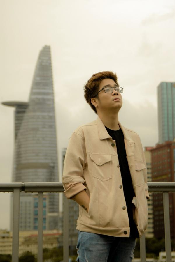 Ca sĩ Bùi Anh Tuấn tiếp tục phát sóng tập 2 chương trình Lang thang hát cùng Bùi Anh Tuấn vào tối 23/10.