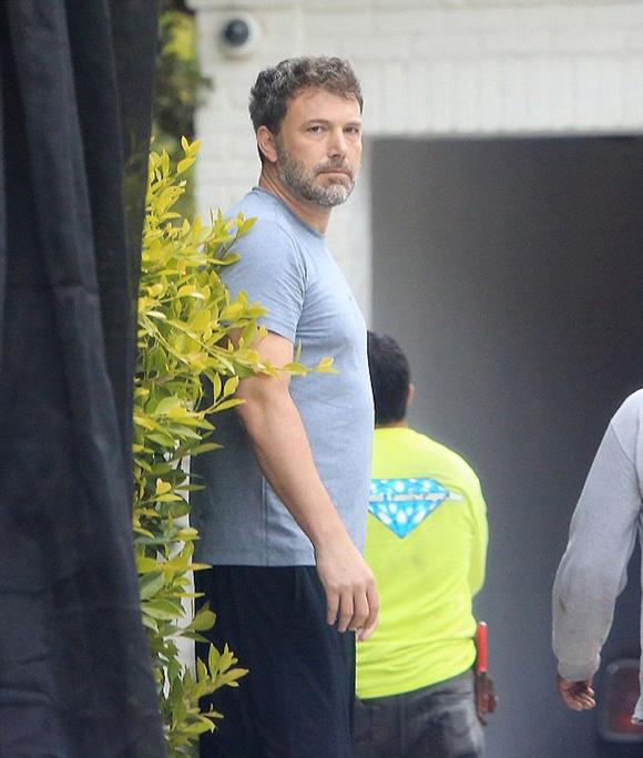 Ben Affleck lúc mới rời khỏi trung tâm cai nghiện