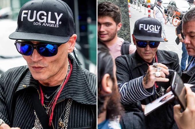 Johnny Depp xuất hiện tiều tụy ngoài phố. Ảnh: E Online