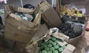 150 kg mỹ phẩm chờ được 'phù phép' thành hàng cao cấp ở Hà Tĩnh