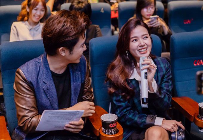 Midubất ngờ vềkhả năng sáng tác của Trịnh Thăng Bình. Cô bật cười khi biết anh đã viết ca khúc Em ngủ chưatrong lúc say.