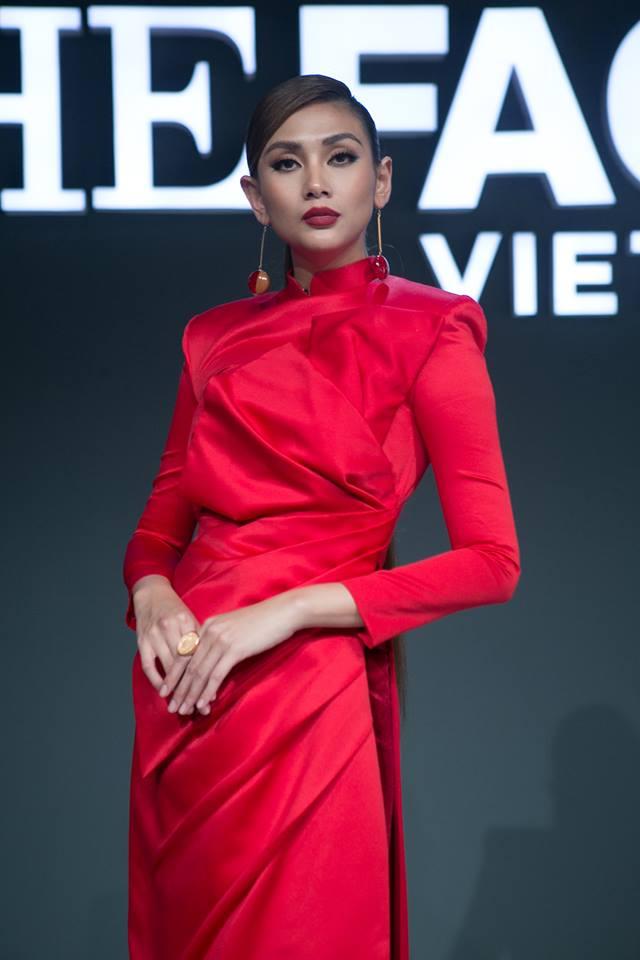 Nhờ sự bình tĩnh và thay đổi cách hướng dẫn thí sinh đã giúp team Võ Hoàng Yến có được sản phẩm xuất sắc nhất tập này.