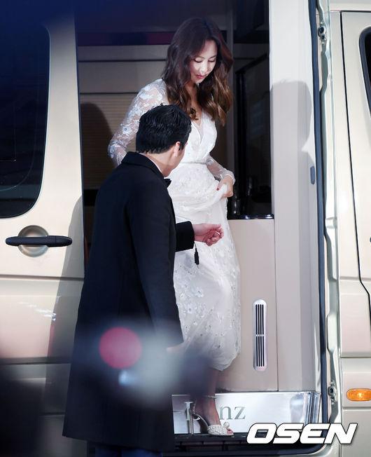 Diễn viên Kim Nam Joo quyến rũ bất chấp thời gian. Năm nay, Kim Nam Joo giành giải nữ diễn viên chính xuất sắc, hạng mục Phim truyền hình, với Misty.