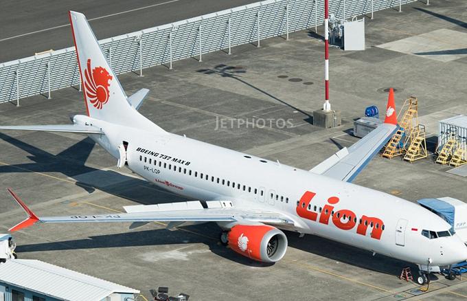 Máy bay gặp nạn là chiếc Boeing 737 MAX 8 đạt các tiêu chuẩn về an toàn, mới được chuyển giao cho Lion Air vào tháng 8 năm nay. Mẫu máy bay này có thể chở tới 200 hành khách.
