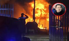 Hai cảnh sát cố phá cửa cứu người trong trực thăng của ông Vichai