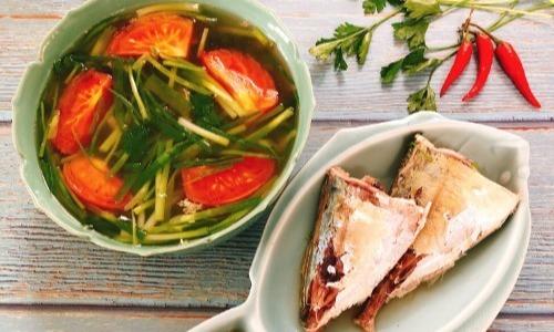 Hướng dẫn cách làm canh cá ngân nấu ngót ngon không cưỡng nổi