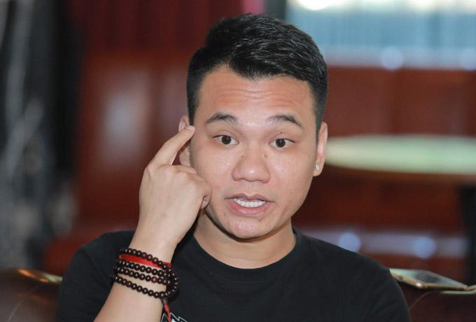 Khắc Việt gửi lời xin lỗi khán giả và em trai Khắc Hưng vì đã có những lời nói thiếu văn minh trên mạng xã hội.