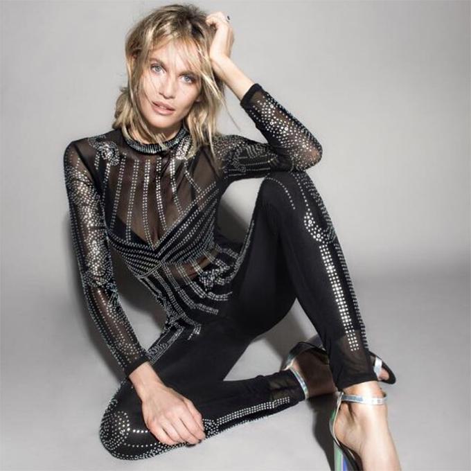 Hiện tại, ngoài đóng phim và làm người mẫu, Liz Solari còn tham gia rất nhiều chương trình truyền hình ở Argentina.