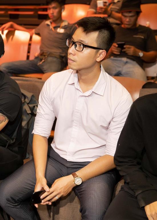 Trước thời gian diễn ra đám cưới, Nhiệm Huỳnh vẫn luôn theo sát và hỗ trợ các công việc cho Huy Trần.