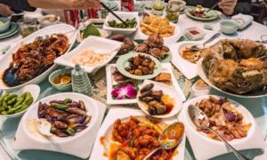 10 món ăn nhất định có trong tiệc cưới truyền thống ở Trung Quốc