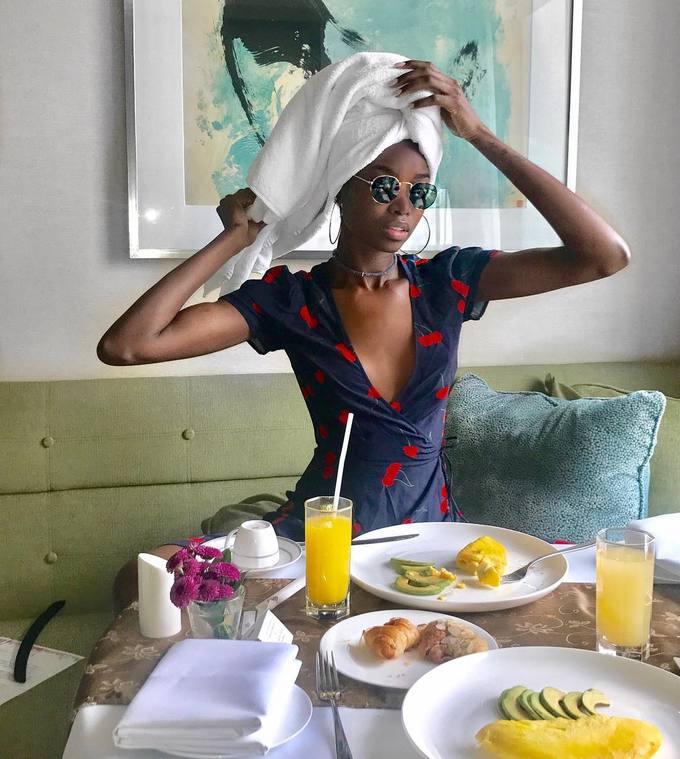Bữa sáng giữ dáng của 6 người mẫu nội y Victoria\'s Secret
