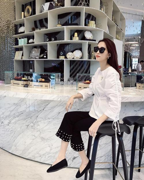 Hoa hậu Đặng Thu Thảonhận được cơn mưa lời khen từ người hâm mộ khi đăng tải bức ảnh sống ảo.