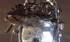 Người ngồi trong Mercedes 'khó tự cứu mình' sau cú rơi xuống sông Hồng