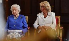 Nữ hoàng chưa tha thứ cho Camilla vì xen vào hôn nhân Charles - Diana