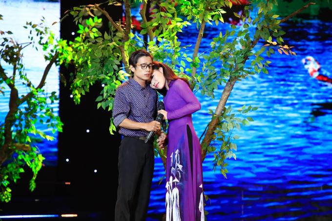 Cặp đôi diễn viên Tuấn Dũng và nghệ sĩ Lý Thanh Thảo gợi nhớ kỷ niệm với Thương về miền Trung.