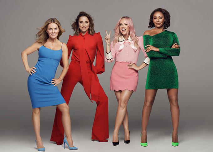 Spice Girls hội ngộ với 4 thành viên Geri Horner, Mel C, Emma Bunton và Mel B.
