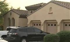 Cậu bé 11 tuổi bắn chết bà rồi tự sát vì không chịu dọn phòng
