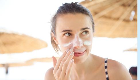 6 việc cần làm để da không khô nẻ, bong tróc suốt mùa đông