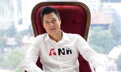 Quang Dũng làm mẫu sưu tập nam của NTK Hà Linh Thư