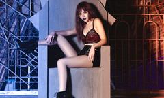Chung Thương T-Jo thay 6 trang phục trong MV mới